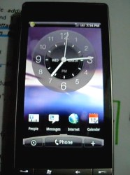 HTC-Touch-Diamond2-Android-2.1-HTC-Sense