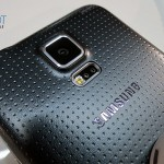 Galaxy-S5-hands-on.back