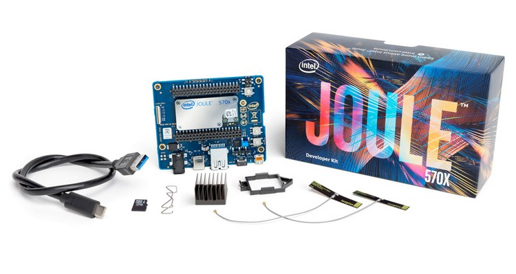 לוח מייקרים Intel joule development board